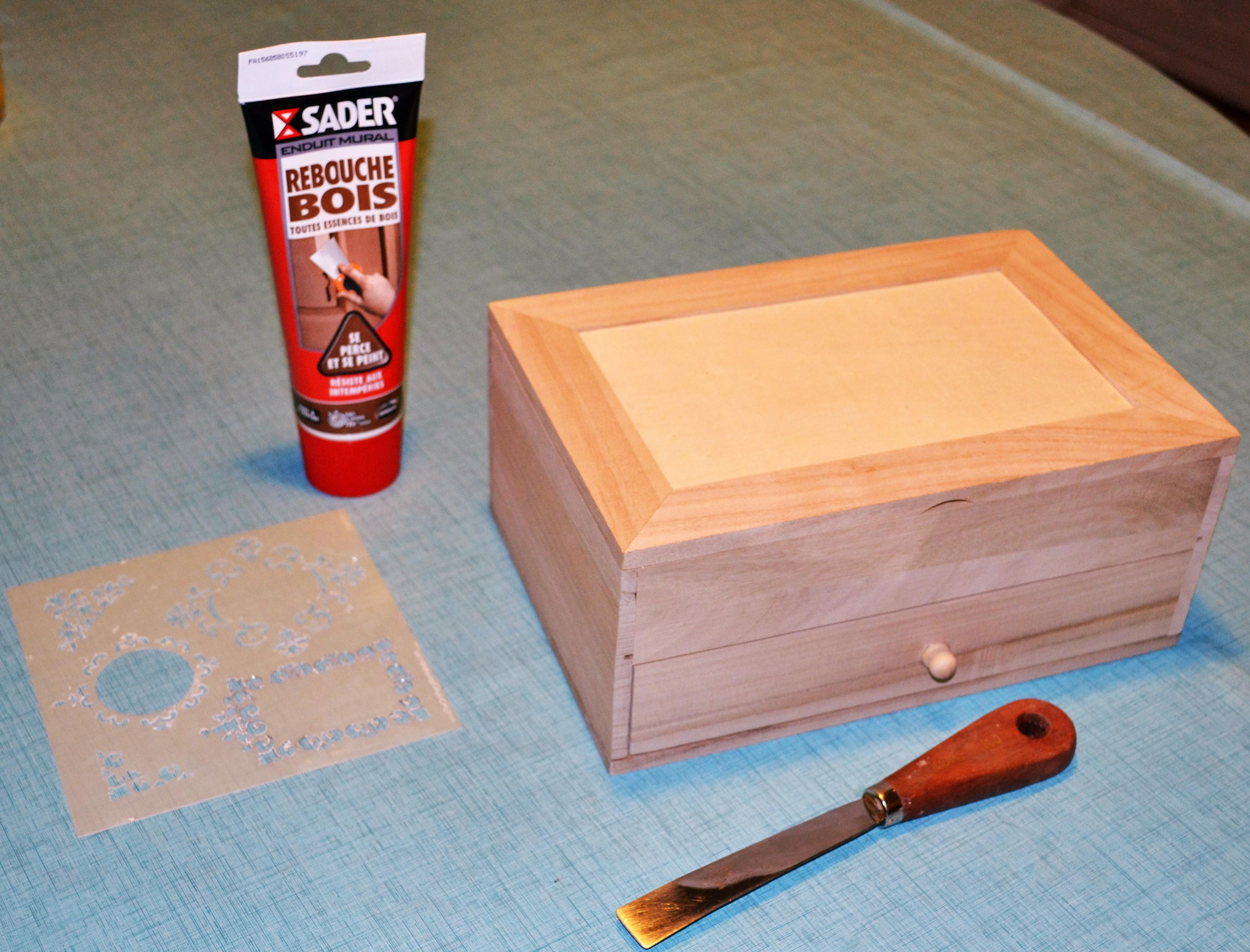 Pochoir sur meuble cool pochoir sur meuble with pochoir - Pochoir pour meuble en bois ...